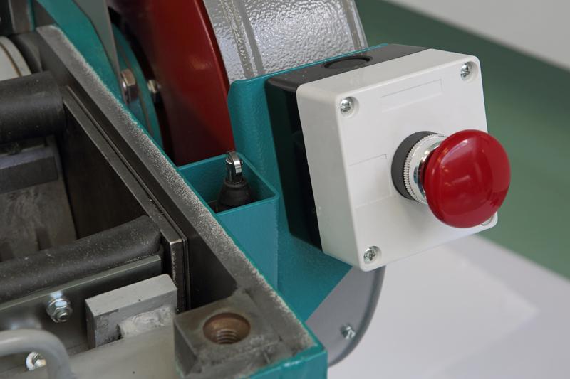 Cтоп-кнопка и микровыключатель